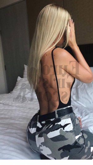 Sylvelie erotic massage in Jasper