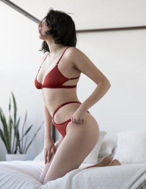 Marie-flavie happy ending massage in Darby Pennsylvania